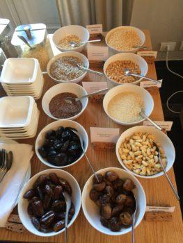 Bols contenants différentes céréales pour le petit déjeuner-Marie Duval sophrologue