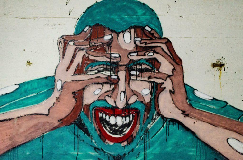 Dessin d'une personne en vert, vivant un cauchemar-Marie Duval sophrologue